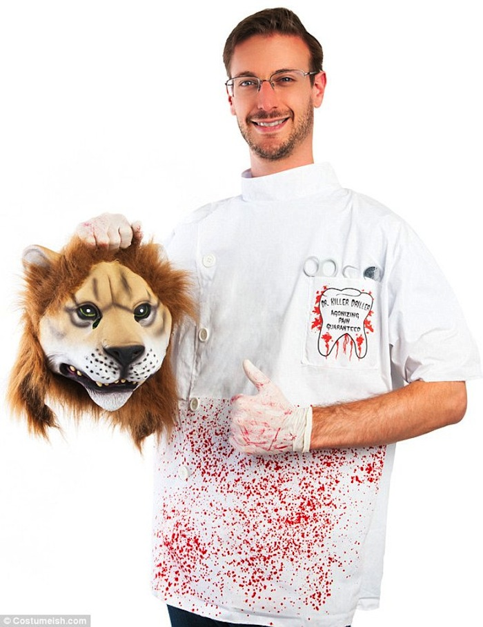 Would Cecil still be alive if Walter Palmer had hunted in a dentist's uniform?  (via Costumeish)