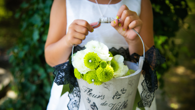 Life of a Flower Girl: Etiquettes for having a flower girl at your wedding