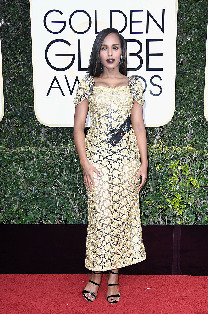 Another gown that makes no sense on paper but makes perfect sense on Kerry Washington.