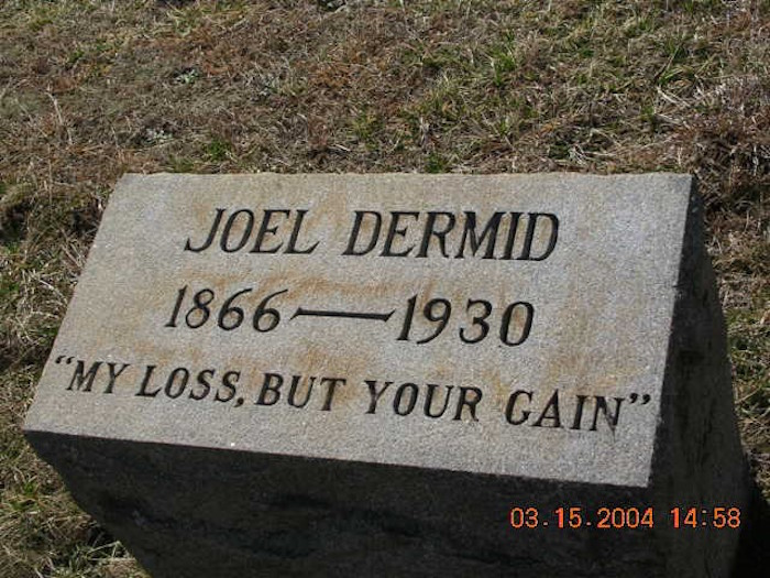 18 Deathly Funny Gravestones And Epitaphs Someecards So