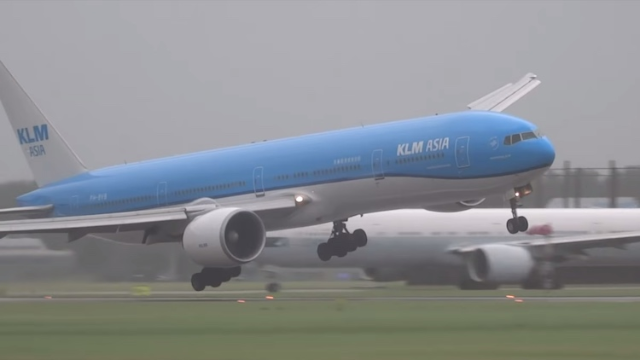 Hold your lunch and watch this 777 land in 75 mph winds during the worst storm in a century.