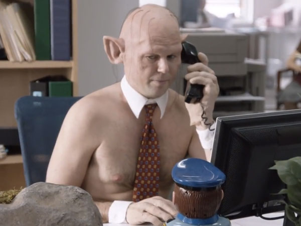 """SNL made comedy nerds and fantasy geeks squee in unison with """"The Office: Middle Earth."""""""