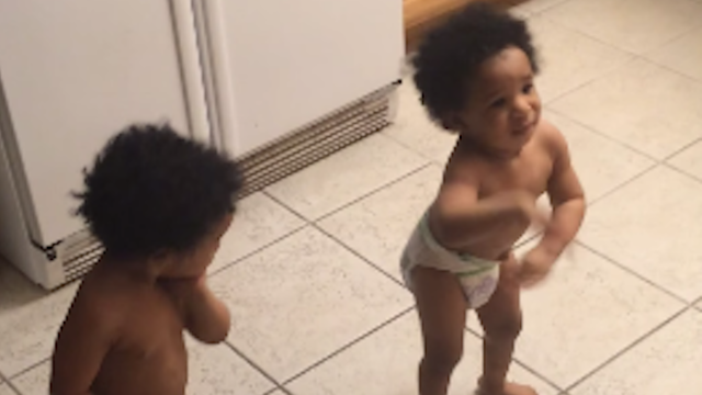 These twin babies want to show you how to dance to Beyoncé.