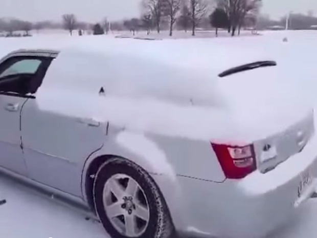 Here's how to clean snow off your car using only the rapper Lil Jon.