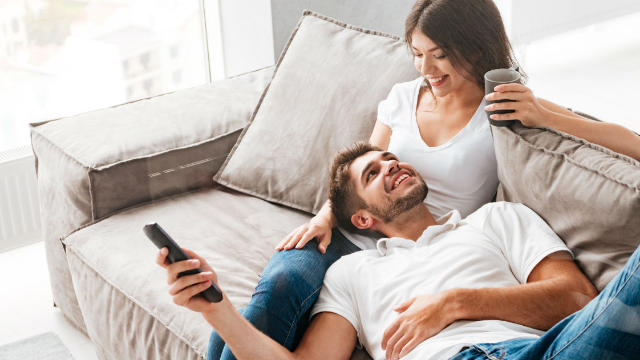 13 people share the small gestures their partners do for them that make them feel loved.
