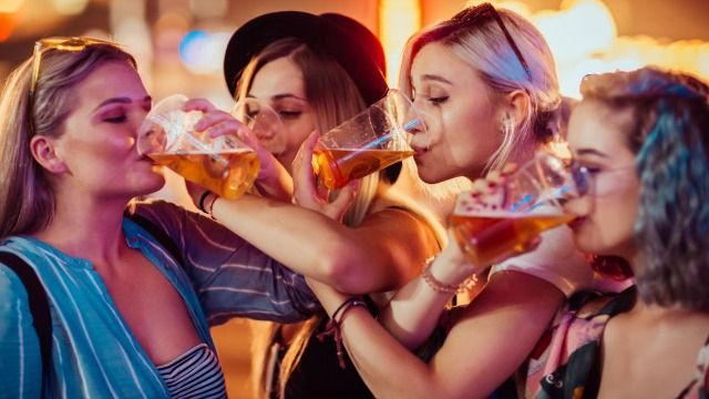 16 people share the craziest thing they did while blackout drunk.