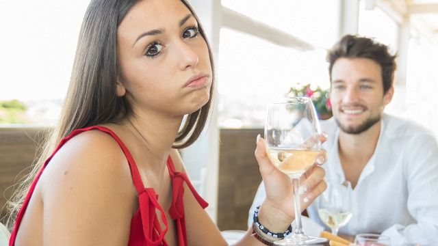 16 people share the story of their worst Tinder date.