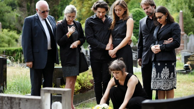 17 people share the worst behavior they've ever witnessed at a funeral.