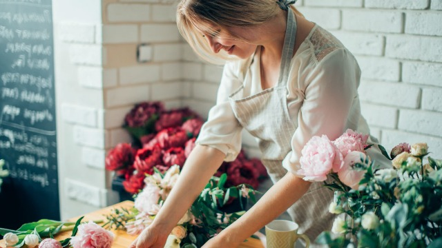 19 florists share the most outrageous messages they've been asked to send with flowers.