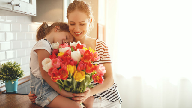 19 people share things they love about their moms. Happy mother's day!