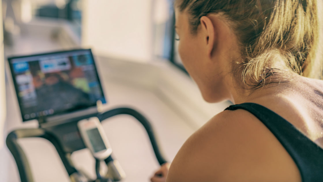 20 funny responses to Peloton's Christmas commercial about thin woman losing weight.
