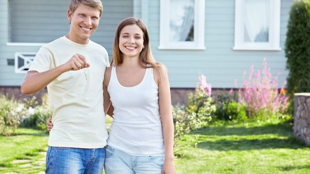 20 people share the dumbest rule in their Home Owners Association.
