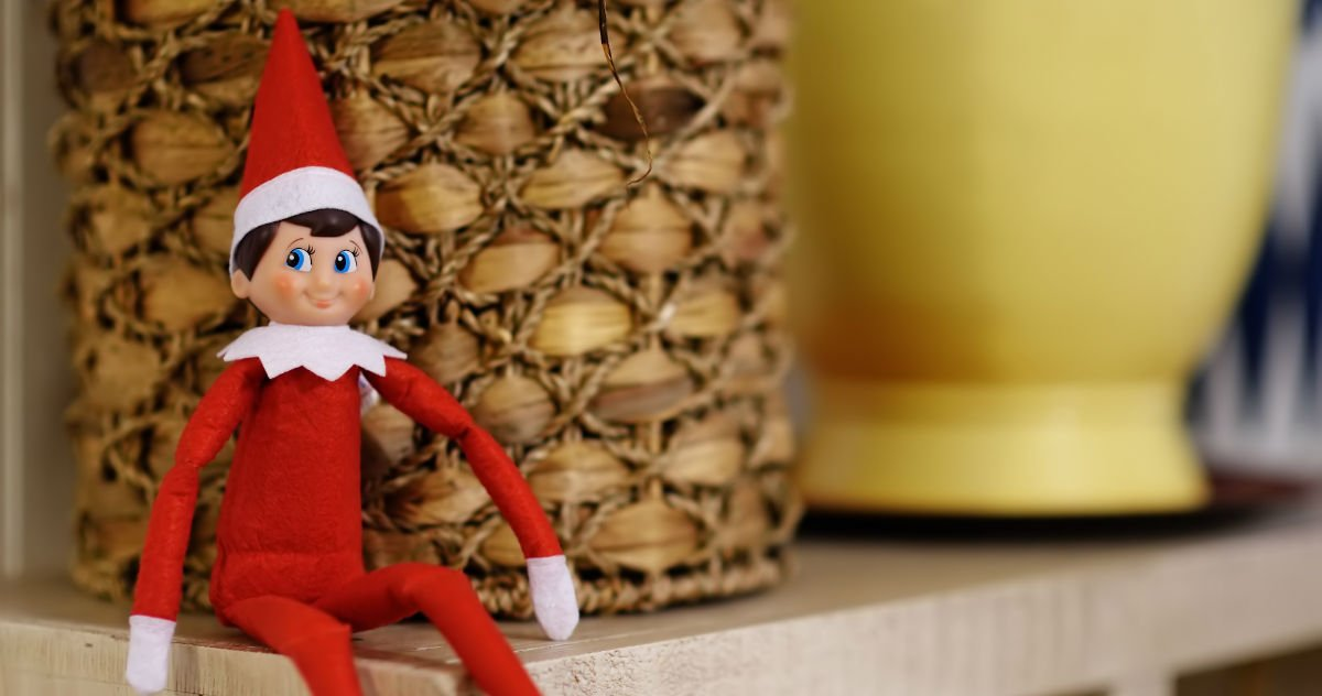 21 parents who took 'Elf on the Shelf' to a whole other level. Hide the cocaine.