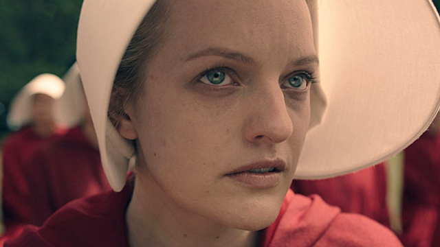 A sexy 'Handmaid's Tale' Halloween costume has been pulled from shelves and people are side-eyeing the company's response.