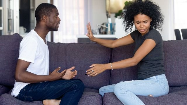 Man asks if he was wrong to tell cousin about her mom's secret first marriage.