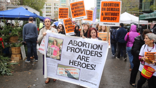 26 powerful signs from abortion ban protests across the country.