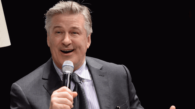 Alec Baldwin bravely admits to being a harasser. Twitter harasses him back.