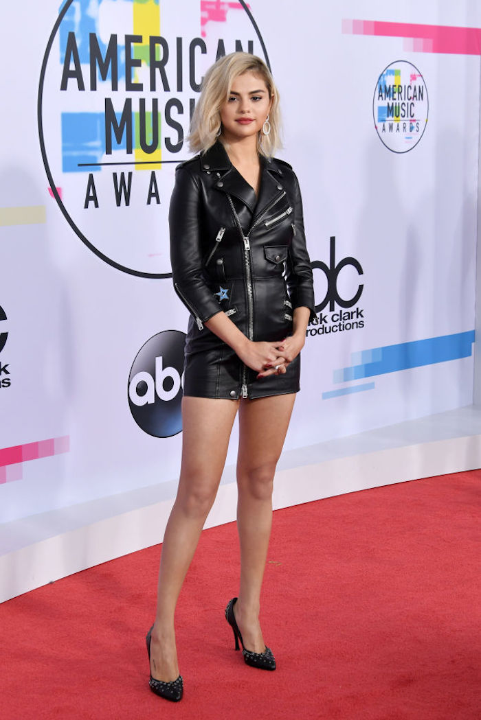 The worst dressed celebs from the AMAs according to someone who wears the same hoodie every day.