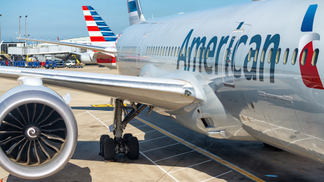 Black woman films white lady being racist on flight. Then American Airlines made things even worse.