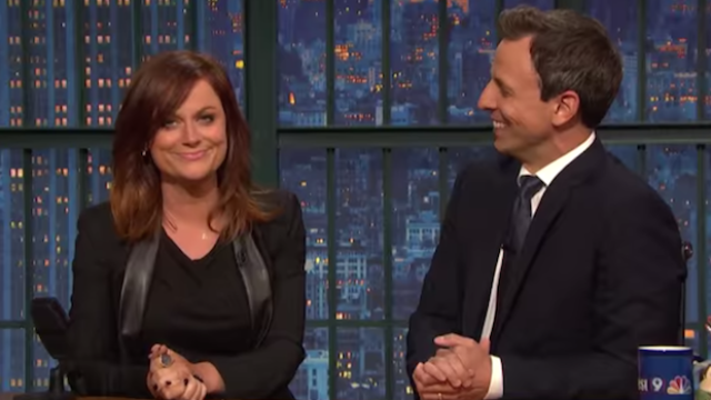 Amy Poehler and Seth Meyers reunited to bring back a Weekend Update bit last night.
