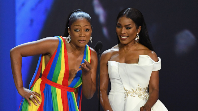 Angela Bassett responds to Omarosa photo mixup