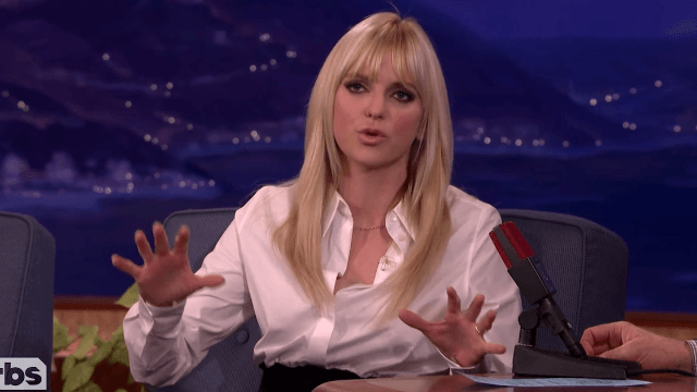Anna Faris says you should never date men in one of these professions.