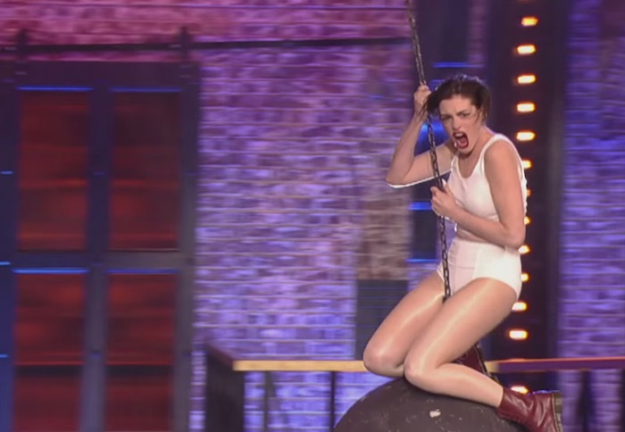 Anne Hathaway comes in like a wrecking ball on 'Lip Sync Battle.'