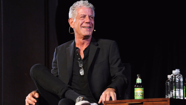Artist's moving story about meeting Anthony Bourdain goes viral.