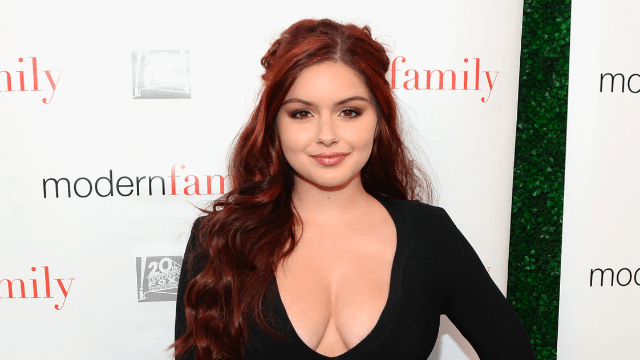 See Ariel Winter's prom dress, and be reminded that she is young enough to go to prom.