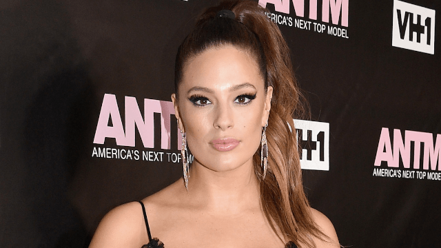 Ashley Graham posts cellulite pic on Instagram to send message she's 'not ashamed.'