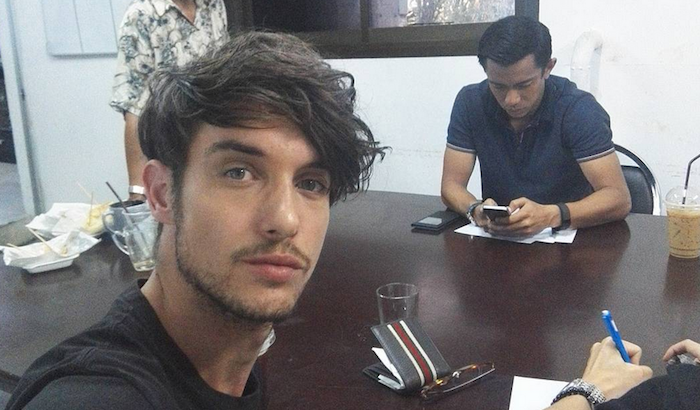 This Australian model used selfies to prove to social media that he was not the Bangkok bomber.