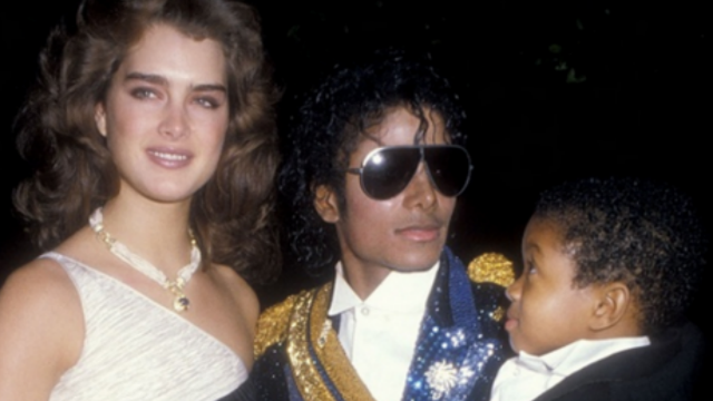 11 really weird Grammy Awards moments from the past 35 years.