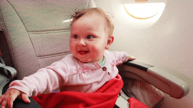 Woman goes viral with story of stranger not freaking out about her baby crying on a plane.