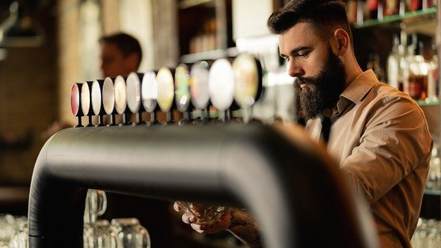 20 bartenders share the craziest things that have happened at work.