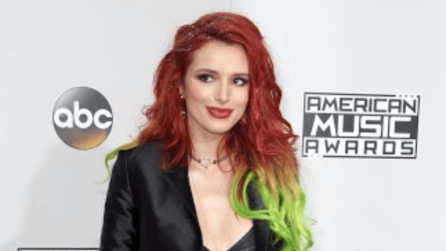 Bella Thorne celebrates her birthday with a completely new hair color.