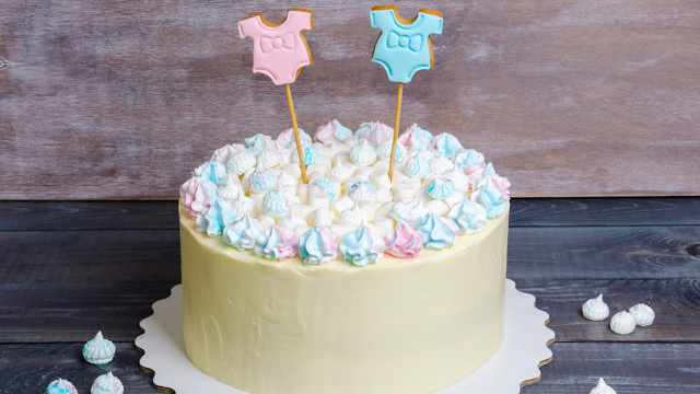 17 utterly bizarre gender reveal cakes that reveal why this
