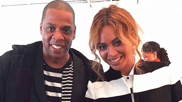 Beyoncé, Jay-Z, and Blue Ivy let the Obamas celebrate Easter with them on the White House lawn.