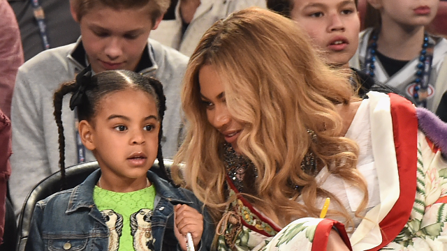 Beyonce looks exactly like Blue Ivy in this throwback photo.