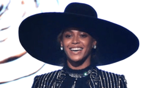 Beyoncé gives inspiring speech about body image, reminds the world that people body-shame BEYONCÉ.
