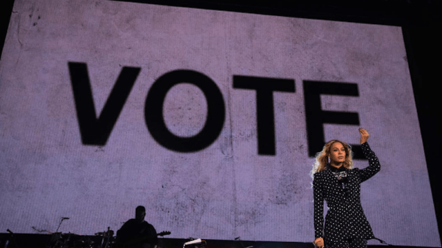 Beyoncé goes all in for Hillary at Cleveland show: 'I want my daughter to grow up seeing a woman leading the country.'