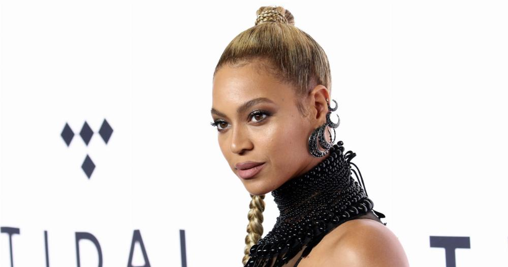 Beyoncé's publicist had to calm down the Beyhive after THAT viral moment