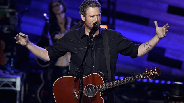 Blake Shelton wins for weirdest insult ever hurled at a random person on Twitter.