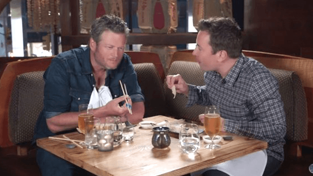 Jimmy Fallon made Blake Shelton try sushi for the first time and he was ridiculously freaked out.