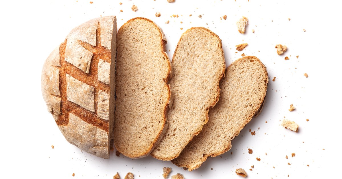Actor asks Twitter what the end slices of a bread loaf are called. The answers are insane.