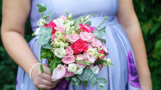 Bride asks if it's okay to be angry her bridesmaid announced pregnancy on wedding day.