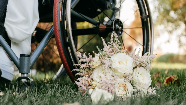 Bride asks if she's wrong to not let her dad walk her down the aisle because he's in a wheelchair.