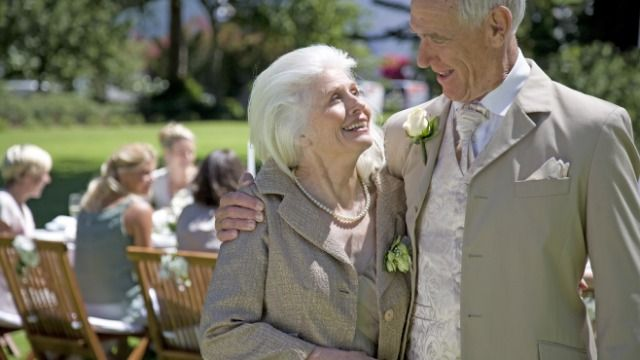 Bride asks if it's wrong not to let dad and mother-in-law sit together at wedding.