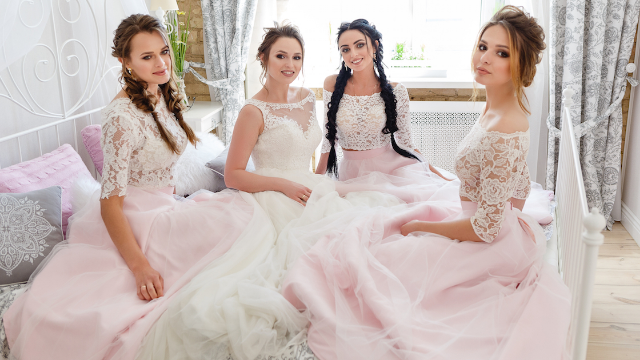 Bride takes 'bridezilla' to next level by demanding her bridesmaids all be the same height.
