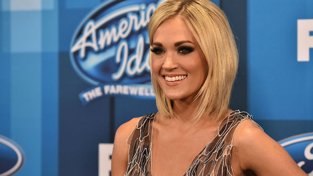Carrie Underwood Shares New Closeup Photo of Face, Talks About Her Scars