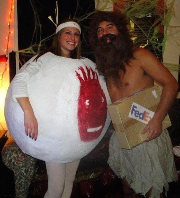 15 couples Halloween costumes that won't make your single friends hate you.